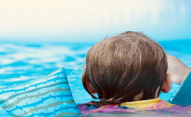 parent child swim lessons